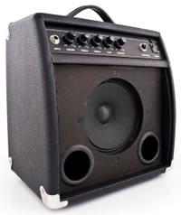 Combo amp with single speaker